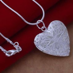 20 Elegant Valentine's Day Jewelry 2015 - London Beep  #beautiful #jewellery #valentine'day #2015 Valentine Day Special, Valentine Day Gifts, Best Gifts For Him, Love Symbols, Heart Pendant Necklace, Special Gifts, 925 Silver, Jewels, London