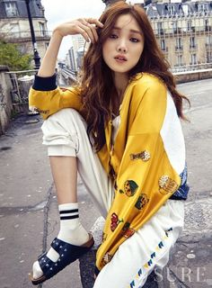 lee sung kyung, korean actress, and kactress image
