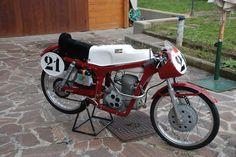capriolo race bike | Found on lamacchinaitaliana.com