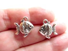 8 Tropical Fish Charms, Antique Silver Tone Pendants, 3 Dimensional, Double sided, 15mm x 15mm, Zinc Alloy. These charms are beautifully crafted and