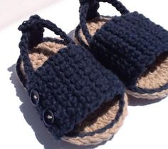 Top 10 Best Barefoot Sandals For Newborns and Babies | Disney Baby