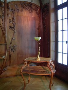 Art Nouveau furniture, Alexandre Charpentier, with water lily lamp by Louis Majorelle in Musee d'Orsay, Paris Art Nouveau Interior, Art Nouveau Furniture, Art Nouveau Architecture, Art Nouveau Design, Art And Architecture, Furniture Design, Plywood Furniture, Modern Furniture, Belle Epoque