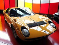 Lamborghini Miura - 11 Classic Car that define cool
