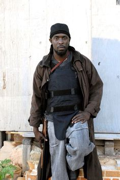 Omar Little ~ The Wire ~ Michael Kenneth Williams The Wire Tv Show, The Wire Hbo, Best Tv Shows, Movies And Tv Shows, Favorite Tv Shows, Kenneth Williams, Michael Williams, Hbo Series, Fade To Black