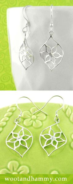 Delicate Earrings with Star-Shaped Flowers. These earrings are light in weight and have a fresh, lacy look.The sterling silver outline of a six-point star-shaped flower is nestled delicately within the overall outline of an almond shape with pointed ends. Simple Flowers, Silver Flowers, Real Flowers, Fabric Flower Necklace, Flower Earrings, Flower Jewelry, Diamond Flower, Star Shape, Fabric Flowers
