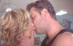 Russell Crowe - Proof of Life - Best Hollywood Kiss...imaginary boyfriend in 2000