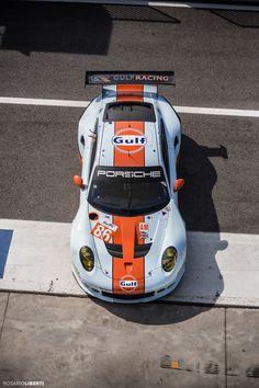 Porsche 911RSR Gulf Racing.