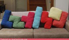 Tetris pillows. AAAAAHHH! Want to make these!