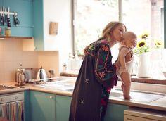 Un día en la rutina matutina de una mamá