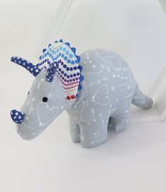 Cute Cuddles provides top-notch nursery accessories & baby play products in New Zealand at affordable prices. We supply modern, contemporary & unique handcrafted soft toys. Soft Toys Making, Nursery Accessories, Baby Play, Cuddles, Beautiful Hands, Dinosaur Stuffed Animal, Cute, Crafts, Manualidades