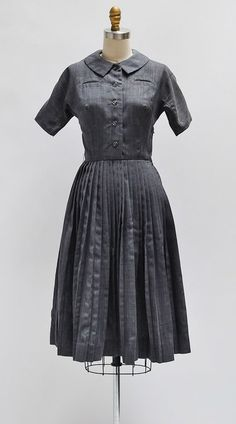 Signature Look Dress / vintage 1950s dress / classic vintage 50s dress