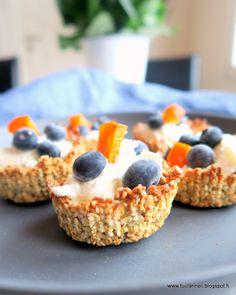 granolakupit siemennäkkärireseptillä brunssipöytään Cereal, Oatmeal, Breakfast, Food, The Oatmeal, Morning Coffee, Rolled Oats, Essen, Meals