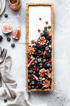 Vanilla maple custard tart with quinoa flakes almond crust (Vegan, gluten-free & refined sugar-free)