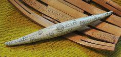 Ancient tusk very long bead - Page McNall