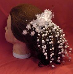 Haarschmuck & Kopfputz - Haargesteck Kopfschmuck Hochzeit Braut weiss II - ein Designerstück von -froschkoenig- bei DaWanda