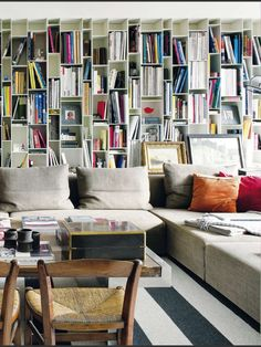 Lively bookcases
