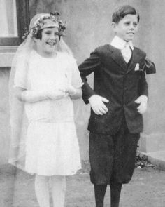 Rose Kennedy's Family Album - Rosemary and John Kennedy on the day of their Confirmation, Riverdale, New York, April 27, 1928.❤❁❤❁❤❁❤❁❤❁❤ http://en.wikipedia.org/wiki/Rosemary_Kennedy http://en.wikipedia.org/wiki/John_F._Kennedy