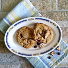 Snickers Peanut Butter Cookies-Get your hourly source of sweet...