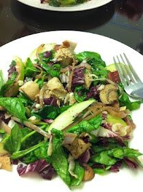 WW Warm Spinach salad with Bacon, Chicken & Blue Cheese