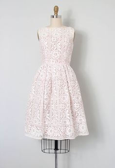 vintage 1950s dress / white floral lace 50s dress / by SwaneeGRACE