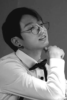Imagine math teacher jungkook.. You question solving and looks at you like.. My imagination ahhh..