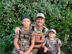 Chip Gaines and his boys