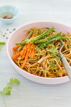Sesame Egg Noodles with Stir Fried Vegetables #Fried #Veggies #FriedVeggies