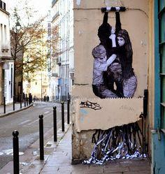 Levalet Debuts 'The Infernal Machine' in Paris