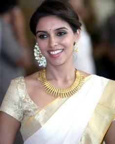 Pearl Necklace, Sari, Brooch, Blouse, Instagram Posts, Wedding, Jewelry, Happy Birthday, Entertainment