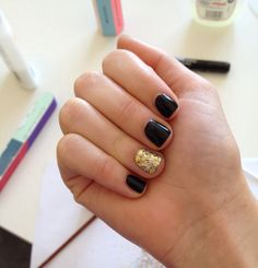 Sophisticated yet simple for short nails.