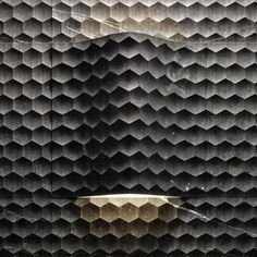 Natural stone 3D Wall Panel. FAVO CURVE LUCE by LITHOS DESIGN