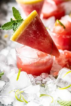 Watermelon Popsicles, Watermelon Margarita, Vegetarian Recipes Dinner, Diet Recipes, Easy Recipes, Frozen Desserts, Frozen Treats, Bread Appetizers, Summer Dessert Recipes