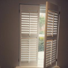 This Is The Traditional Look With Tilt Rod In The Middle To Move The Blades  Up And Down. The Traditional Window Shutters Add A Touch Of Elegance In  Your ...