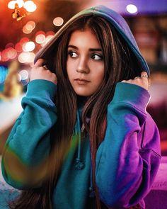 Creative Portrait Photography, Portrait Photography Poses, Photography Poses Women, Girl Photography Poses, Best Photo Poses, Girl Photo Poses, Kreative Portraits, Teenage Girl Photography, Belle Photo