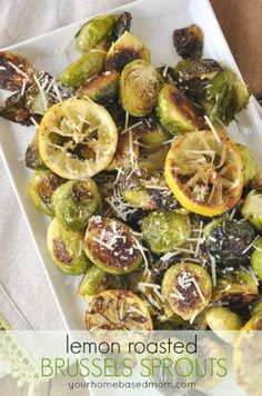These lemon roasted brussels sprouts are delicious and perfect for Easter dinner. Vegetable Side Dishes, Vegetable Recipes, Paleo Recipes, Cooking Recipes, Roasted Sprouts, Fruits And Veggies, Vegetables, Side Dish Recipes, Easter Dinner