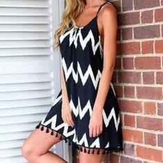 NWOT black & white zigzag dress NWOT black & white zigzag dress Boutique Dresses Mini