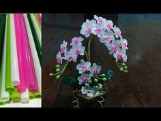 ดอกไม้จากหลอด ดอกกล้วยไม้จากหลอด by มายมิ้นท์ Orchid flower from Straws. - YouTube Nylon Flowers, Diy Flowers, Crochet Flowers, Paper Flowers, Plastic Spoon Crafts, Plastic Bottle Crafts, Diy Crafts For Home Decor, Crafts For Kids, Flower Stamen