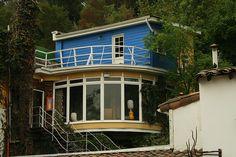 "casa Pablo Neruda santiago ""la Chascona"""