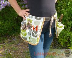 DIY  Garden tool belt tutorial. Great homemade gift for gardeners. | Love Swing Mag http://www.lovesewingmag.co.uk/free-sewing-patterns/item/441-gardening-gifts-to-sew