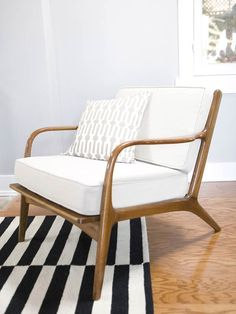 mid-century lounge chair - back cushion is thinner - white apholstery