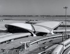Trans World Airline Terminal 5 Kennedy Airport | Eero Saarinen | photo by Peter Brandt Photographer
