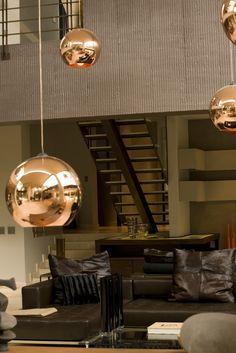 Take some ideas to decorate your home with Tom Dixon ideas. #homedecor #interiors #homedecoration #homefurniture #designroom #curateddesign #celebratedesign #TomDixonIdeas