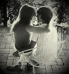 Pattie Boyd & George Harrison This is one of the most beautiful photos of love that I have ever seen