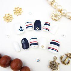 【即日発送】フレンチカジュアルなマリンボーダーネイル | MiCHi | ネイルチップ(つけ爪)通販専門店