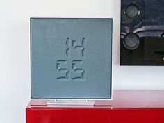 ETCH clock is a disruptive way to display time