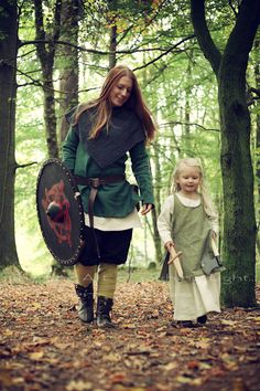 """Viking Shooting Projekt """"The Shieldmaidens"""" Ⓜ️ > my beloved Wife & Daughter > """"the fine Art of catching Light"""" by Pit Theiss Outfit by Burgschneider #thefineartofcatchinglight #pittheissphotography #photopoetry #storytelling #fineartphotography #portraitphotography #medieval #germanmythology #mythology #fantasy #vikingstyle #nordic #asatru #history #vikinglife #vikings #norce #norcemythology #shieldmaiden #pagan #veturinnnálgast #burgschneider"""