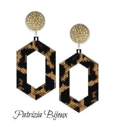 Spotted Earrings peyote pattern beads - Animalier - - Spotted Earrings peyote pattern beads – Animalier july Earring cm x 27 x 32 6 colors beading tutorials beading patterns bead tutorials bead patterns Patrizia Bijoux jewelry tutorials beading tutorial Peyote Beading Patterns, Peyote Stitch Patterns, Peyote Stitch Tutorial, Jewelry Patterns, Bracelet Patterns, Bead Patterns, Beaded Earrings, Beaded Jewelry, Necklaces