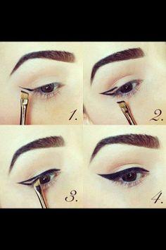 Eyeliner Tutorial.....