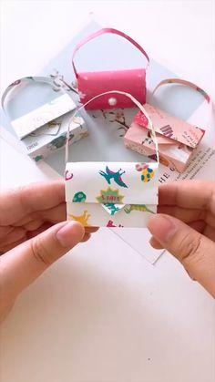 Diy Paper Bag, Cool Paper Crafts, Paper Flowers Craft, Paper Crafts Origami, Diy Crafts For Gifts, Diy Arts And Crafts, Origami Flowers, Origami Simple, Instruções Origami