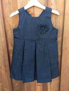 BABY-GAP-Girls-2xl-2-years-Denim-Blue-color-Pleated-DRESS-flowers-detail-J172